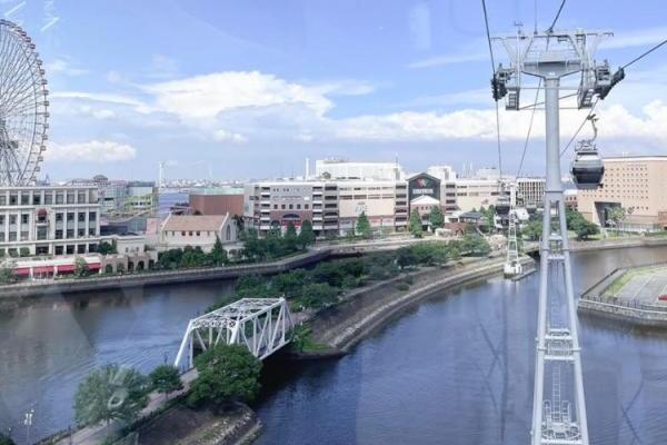 日本初の都市型ロープウェイ「YOKOHAMA AIR CABIN」は迫力満点で爽快!