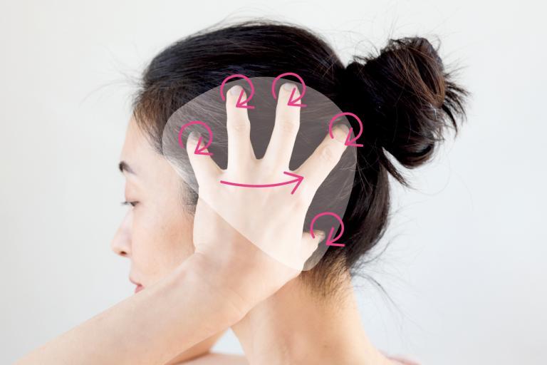 手だけで簡単!「頭皮3筋」マッサージ/毛髪診断士・伊熊奈美さんの素髪を磨くワザ③