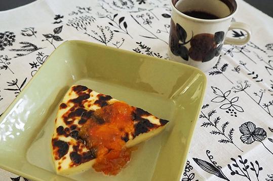 フィンランド伝統チーズ「レイパユースト」をおうちで食べよう!