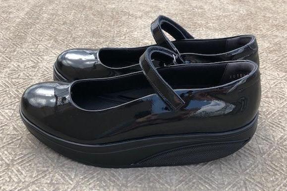 MBTの靴なら、どこまでも歩けます