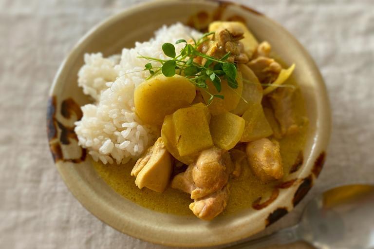 鍋ひとつでOK! コレステロールを減らして腸活! 里芋と鶏のカレー